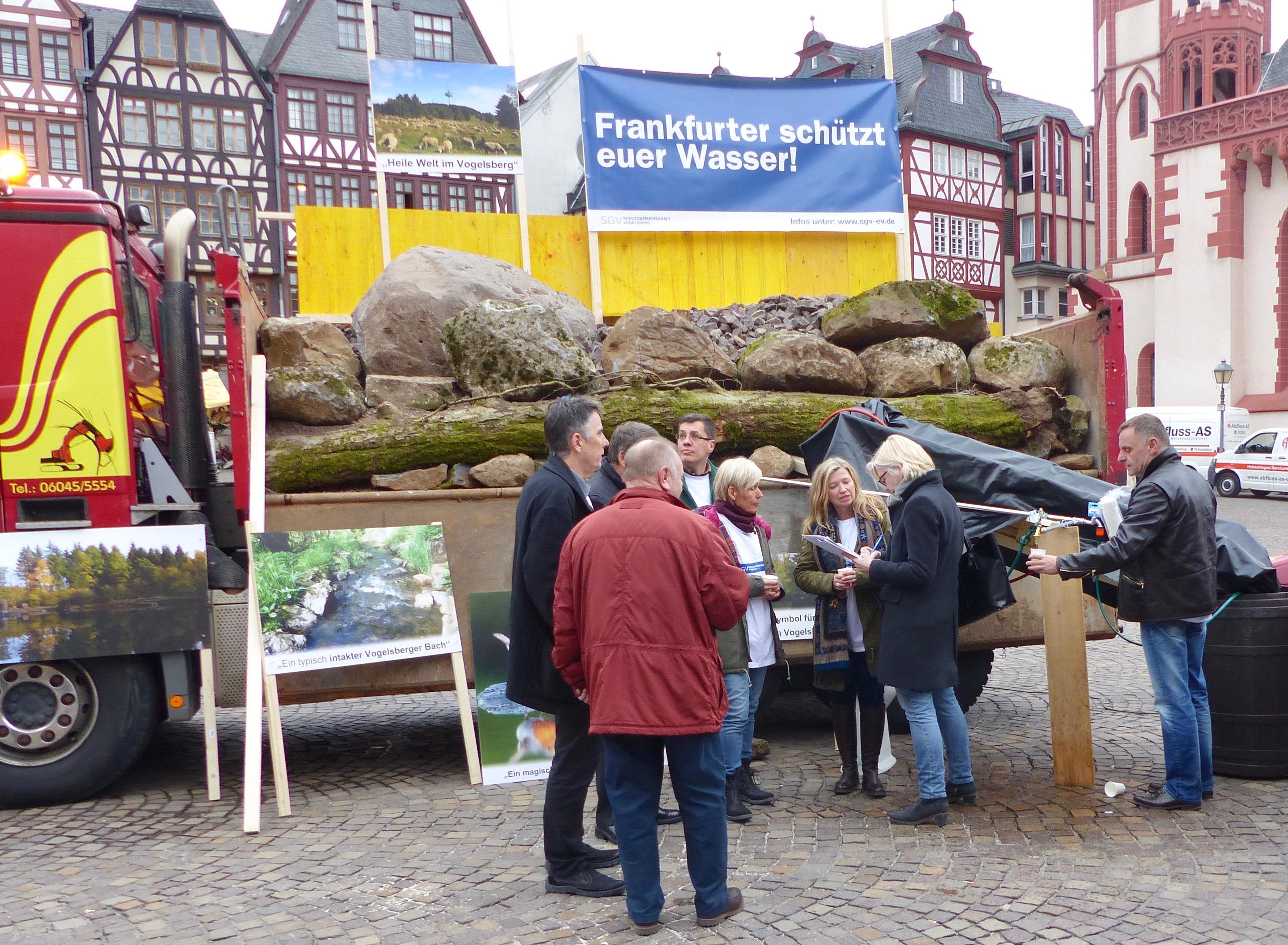 Demo vor dem Frankfurter Römer Foto: Wack